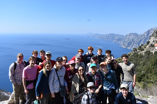 IHHS Latin Club touring Rome and Bay of Naples